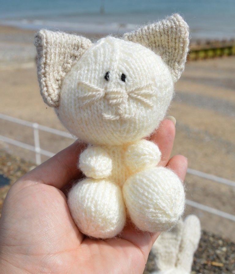 Kbp 079 Knitting By Post Cat Rabbit Dog Knitting Pattern